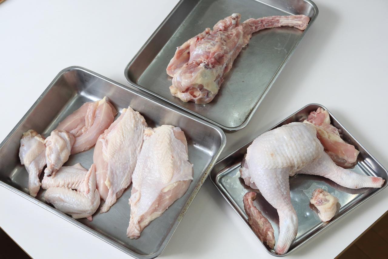 丸鶏の解体
