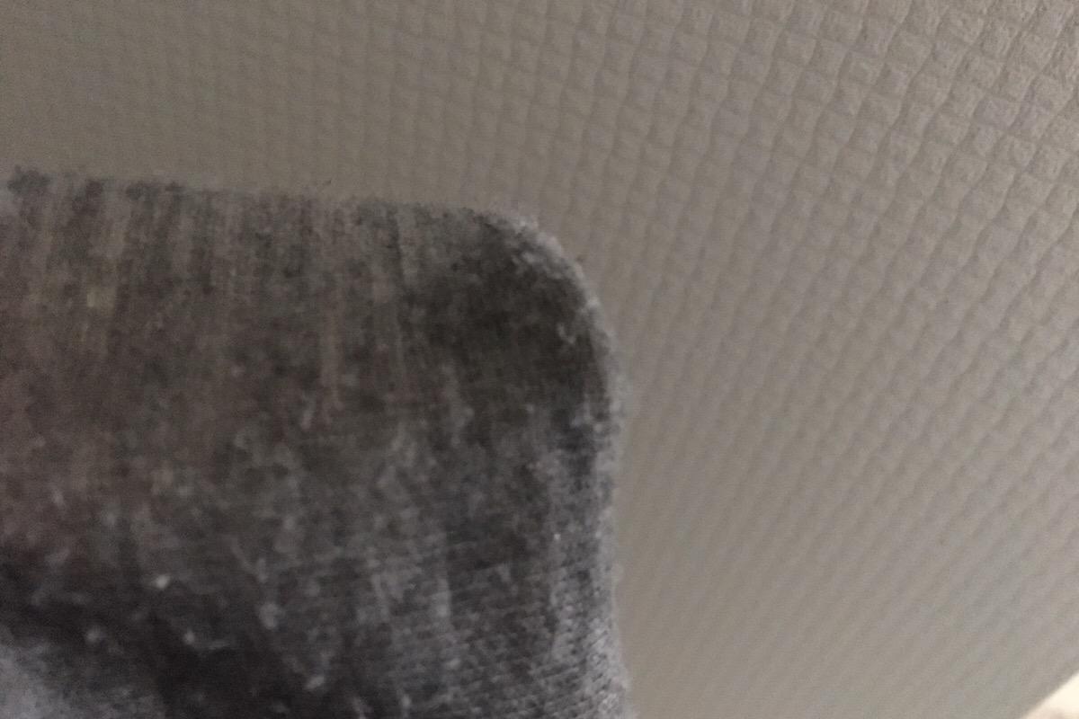裾がラーメンに漬かった