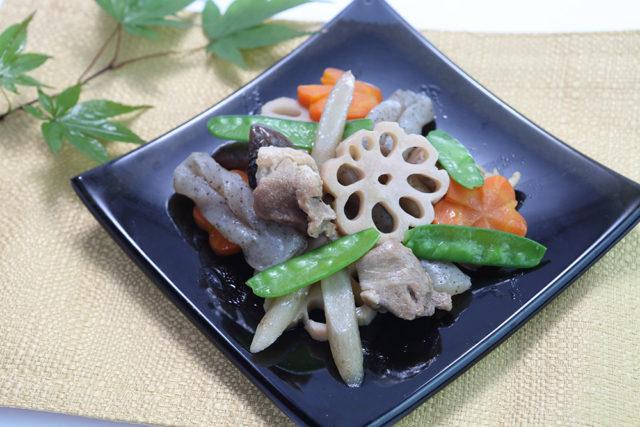 【霧島鶏 もも】お正月の定番料理お煮しめ!