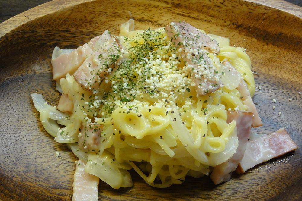 カルボナーラ風 卵なし米粉麺