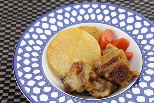 【減塩むぎ】鹿児島の味。とろとろ豚軟骨の味噌煮