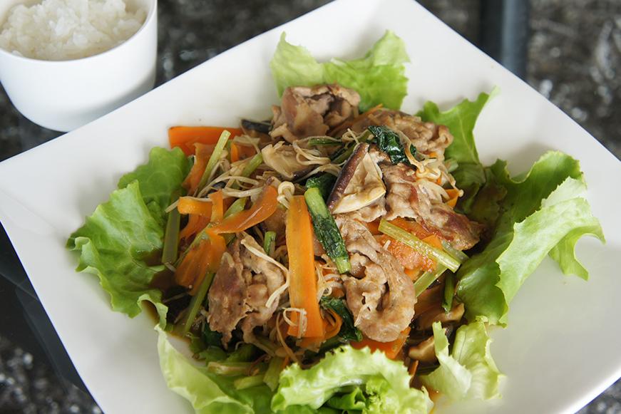 冷蔵庫整理の野菜炒め