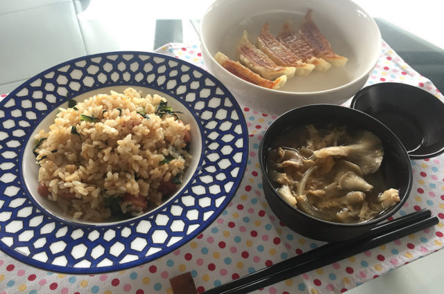 やみつき!小松菜チャーハン餃子ランチ