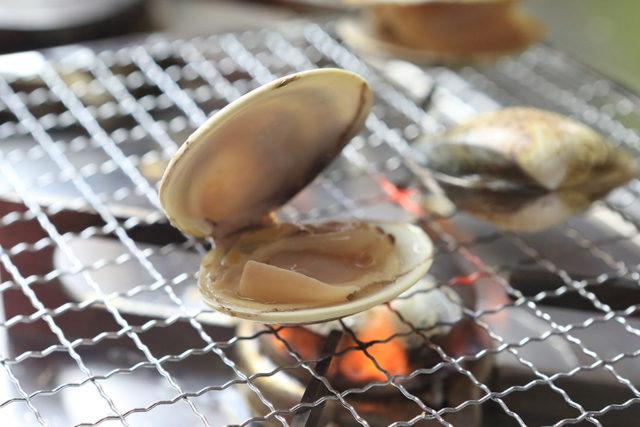 【ゆずぽん酢】はまぐりの網焼き