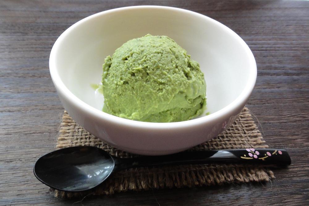 卵不使用米粉抹茶アイス