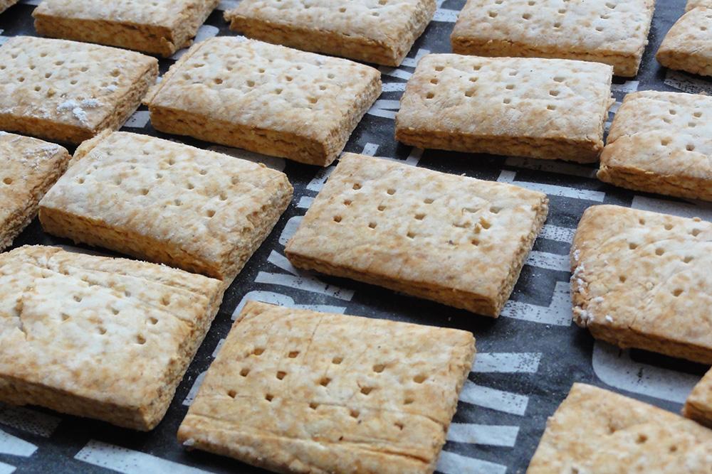 防災の日 米粉乾パン