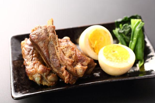 【豚スペアリブ】スペアリブ焼酎煮込み