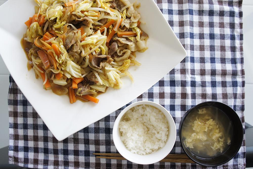 肉野菜炒め(生姜バター風味)