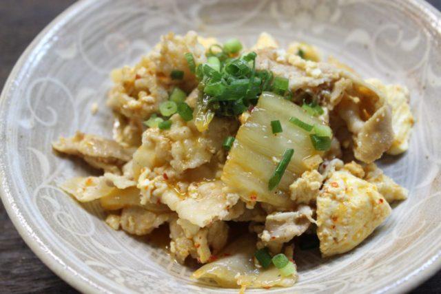 豚キムチ豆腐炒め,卵アレルギー対策