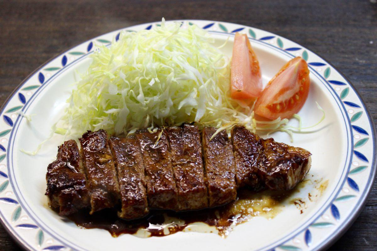 豚肉のニンニク醤油ソテー