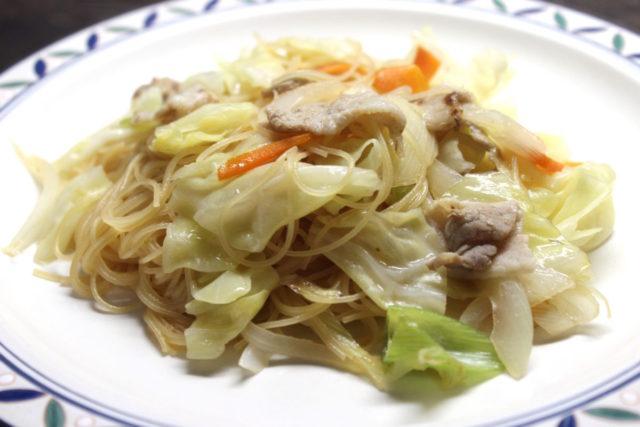 野菜たっぷり焼きビーフン